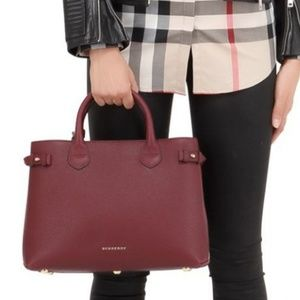 Burberry House Check Leather BannerTote